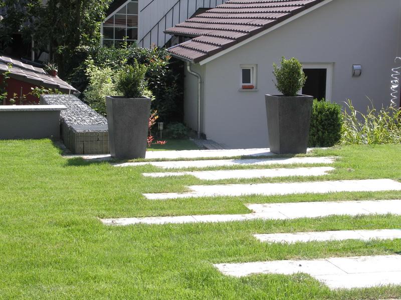 <strong>Schrittplatten</strong> &ndash; planwerk GEHLE Fernplaner Fernplanung Thomas Gehle Christine Gehle Landschaftsarchitektur