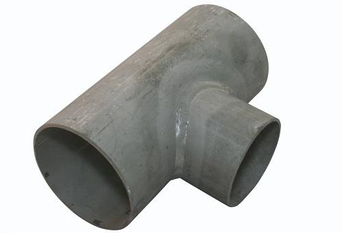 <strong>Art. Nr. 2615EA</strong> &ndash; T-Stück nach DIN 2615 in ausgehalster Bauart, in geschweißter oder nahtloser Ausführung lieferbar.