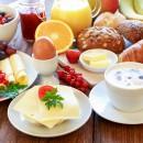 Großes Frühstücksbuffet immer Wochenende und Feiertags