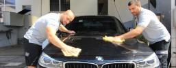 Sauber & Rein - Autoaufbereitung zum glänzenden Prachtstück
